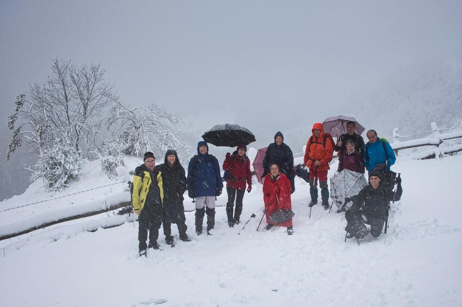 10 noviembre, 2019: Caminata por Xomezana con nieve (foto de grupo)